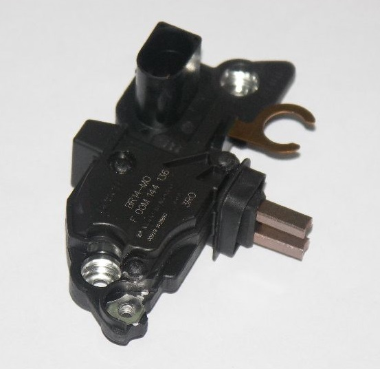 Regulador Bosch RE-F00M144136